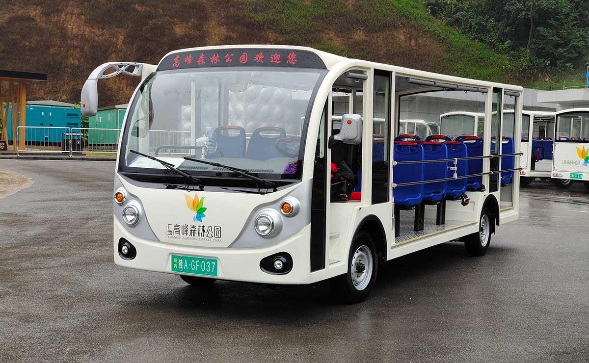 23座燃油观光车