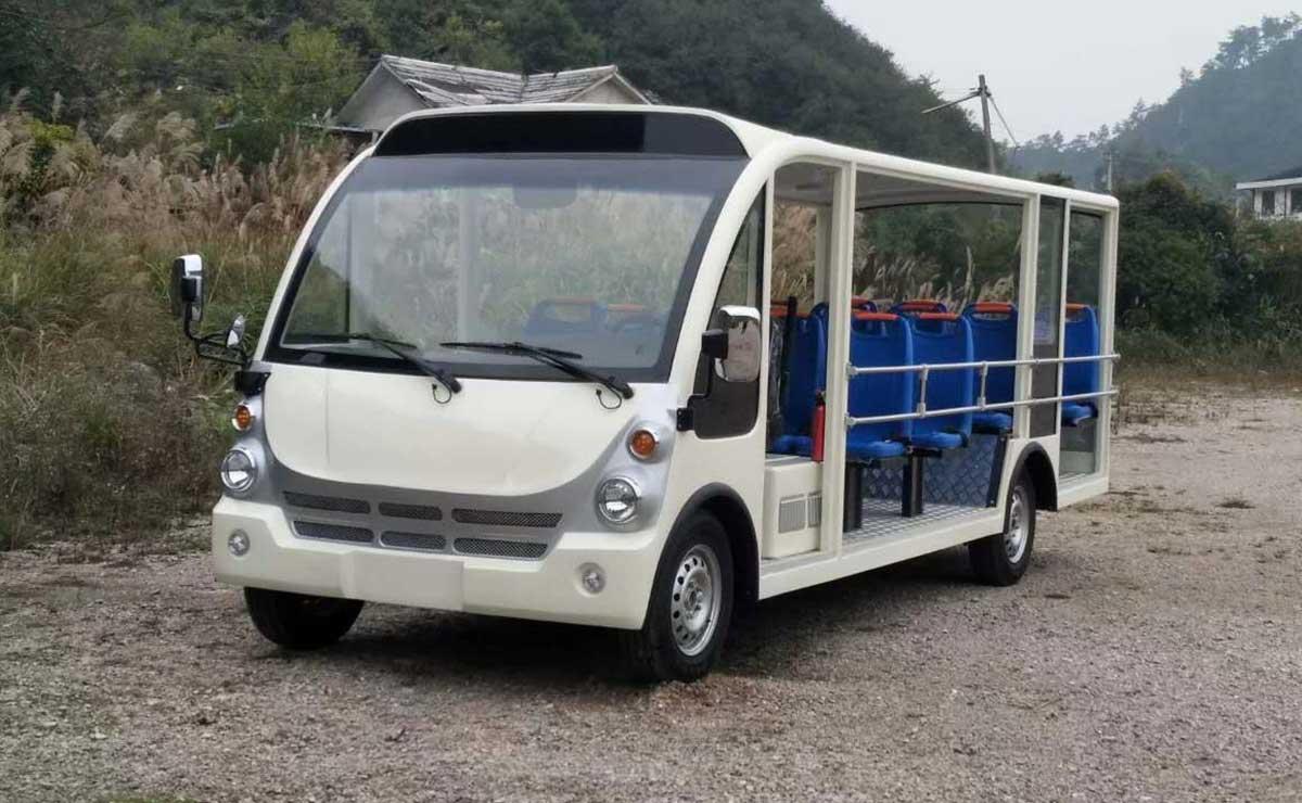 18座燃油观光车