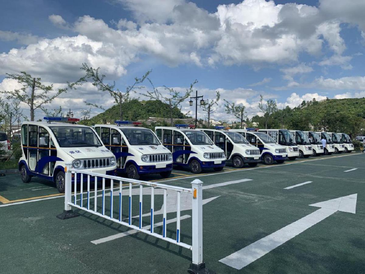 忠辉4-5座电动观光巡逻车
